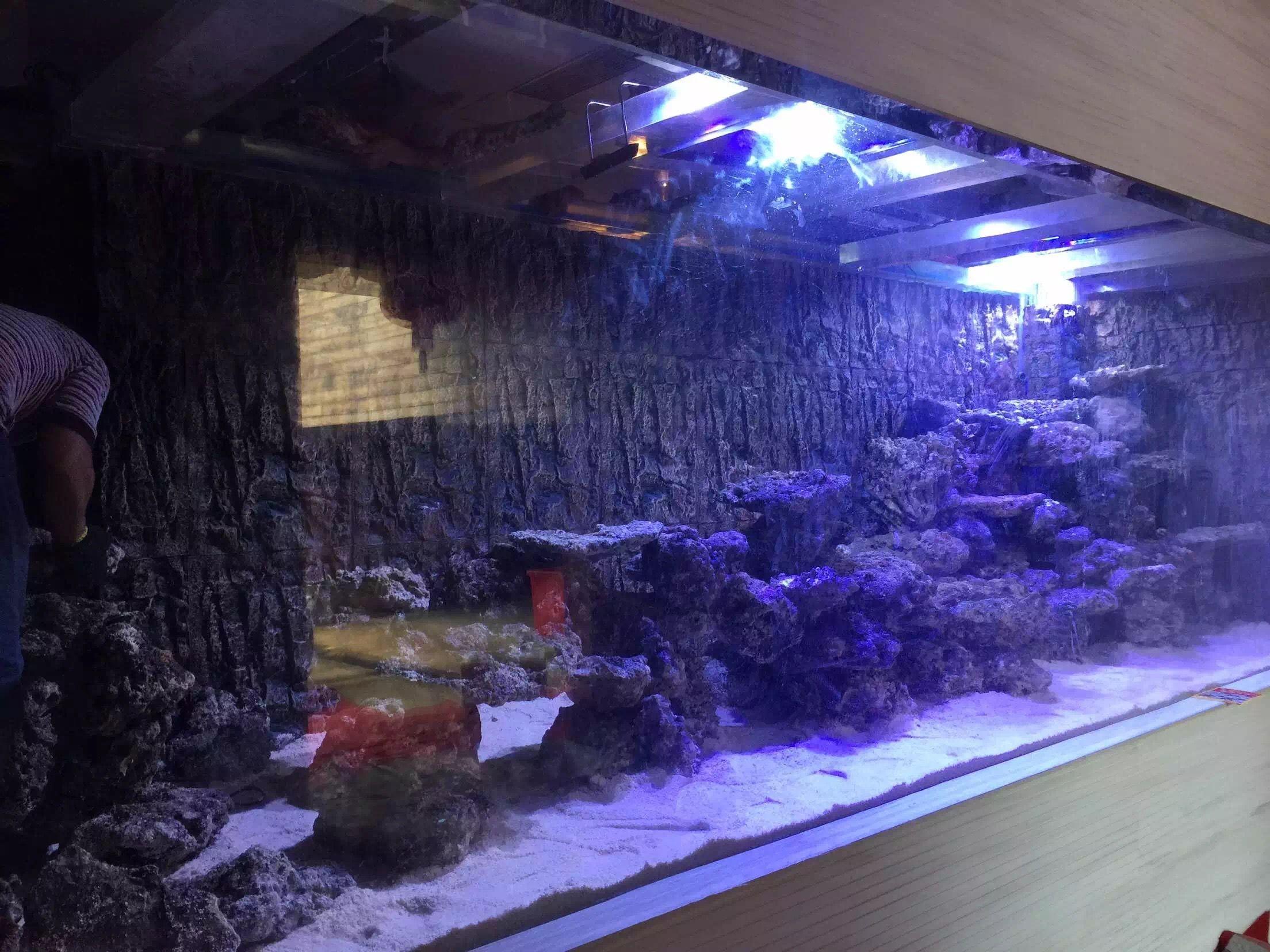 长方形鱼缸