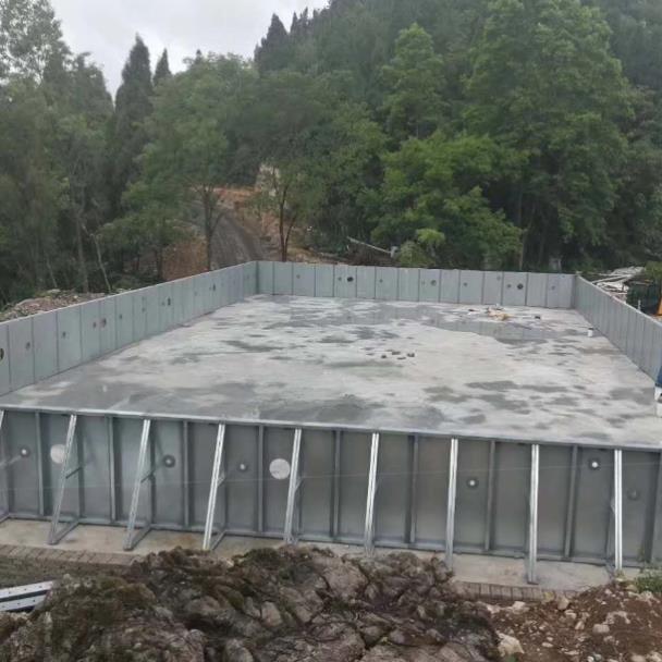 可拆装式泳池