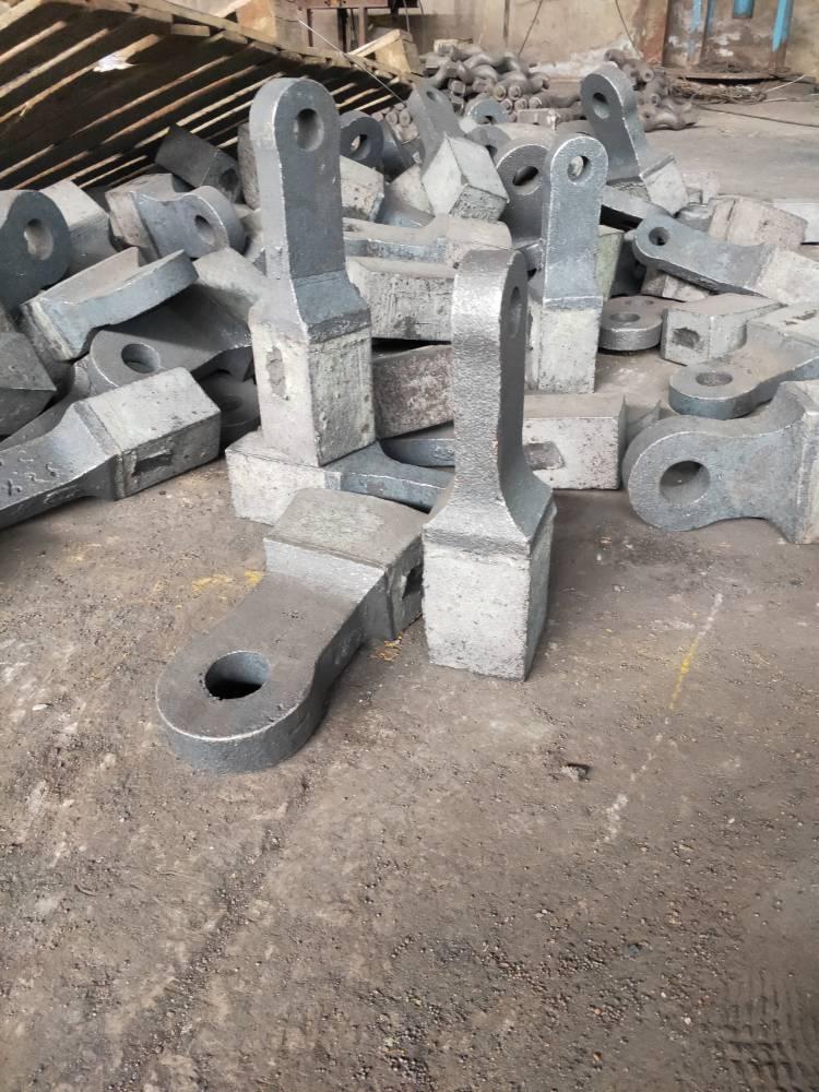 专业生产高铬复合锤头 高锰齿板 品牌优选如皋潮源铸造有限公司