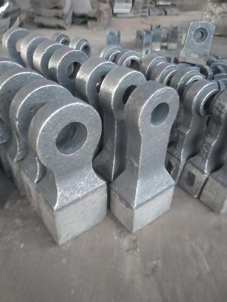 高铬板锤|合金板锤|耐磨板锤|破碎机板锤|反击破板锤  质优价廉 首选如皋潮源铸造有限公司