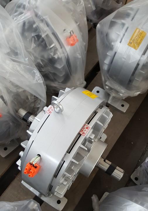 厂家热销 磁粉孔式离合器,磁粉离合器控制器,质量可靠