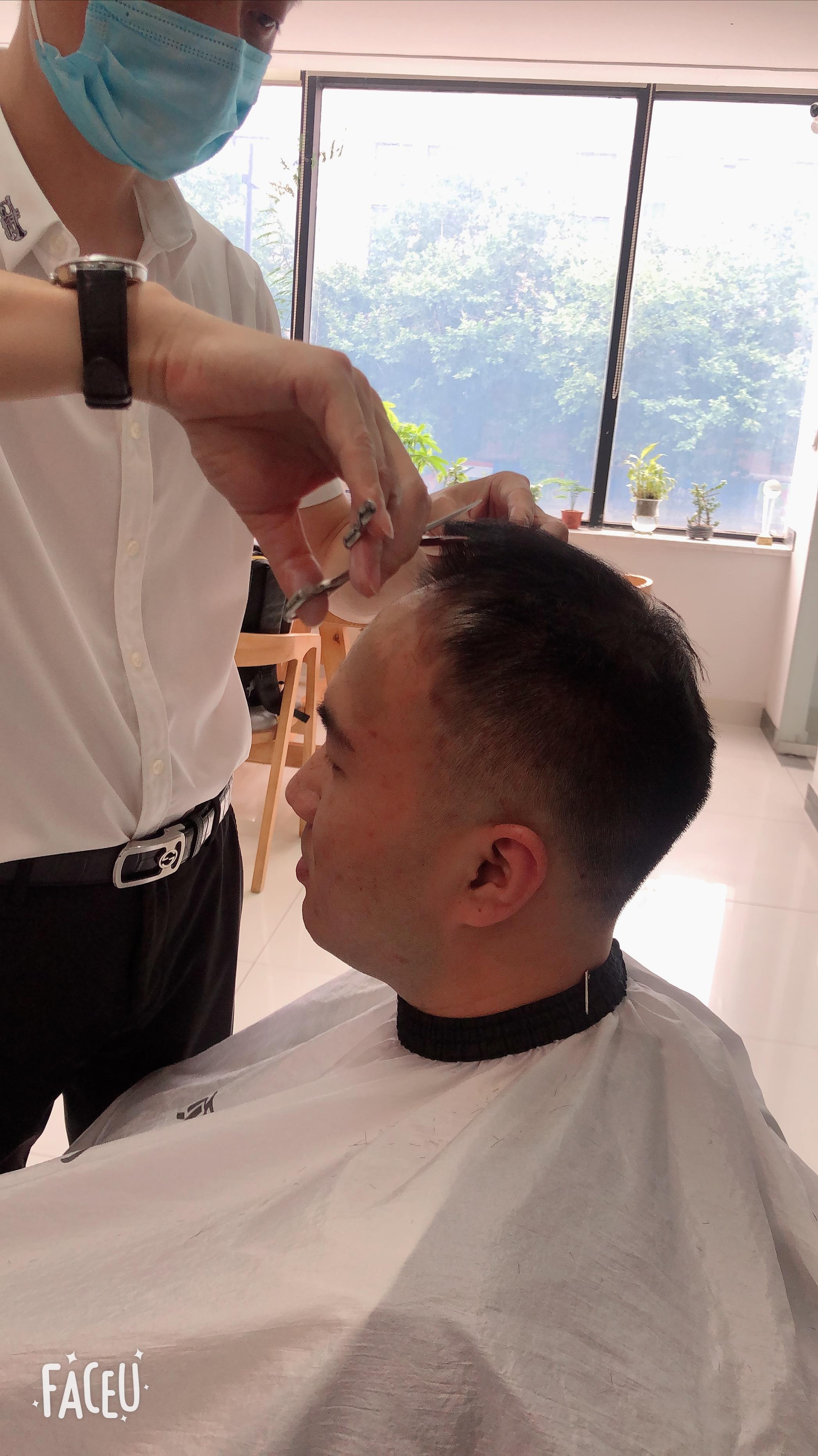 男士发片 百分百全真发  可烫、染、吹风造型  秒变潮男