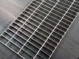 厂家直销不锈钢格栅板 不锈钢格栅盖板 加工定制 全国范围发货