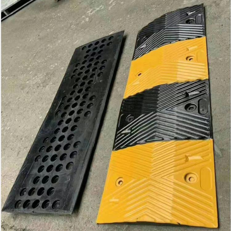 现货供应 减速带 高速减速带   铸钢减速带 优质减速带承重300吨