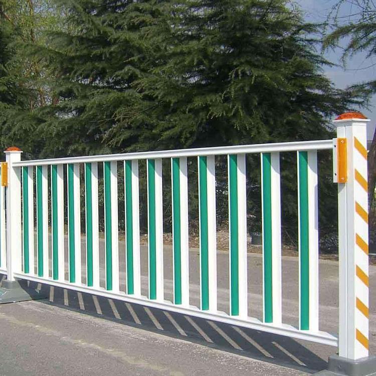 厂家供应市政护栏 交通分流隔离栏 道路护栏