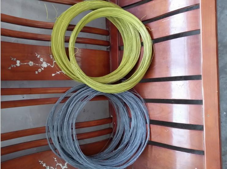 供应各种颜色/规格钢塑复合铁丝
