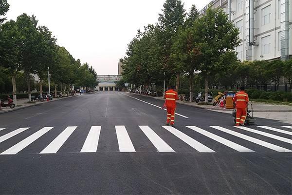 如皋生活小区道路划线、海安商业区停车场划线、海门商业区道路划线