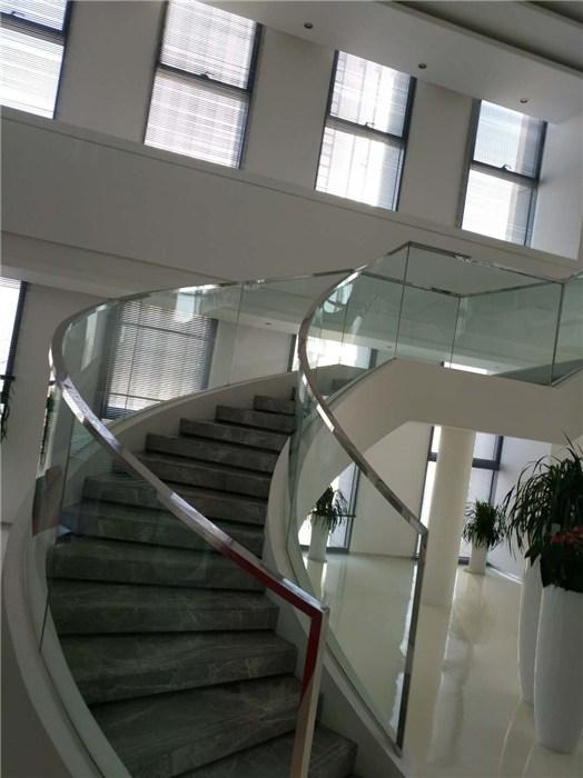 钢化玻璃经久耐用 钢化热弯玻璃