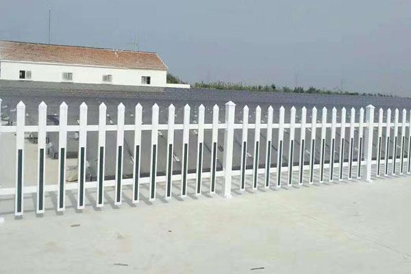 锌钢护栏 铁艺护栏 交通护栏 京式道路护栏 四横梁护栏