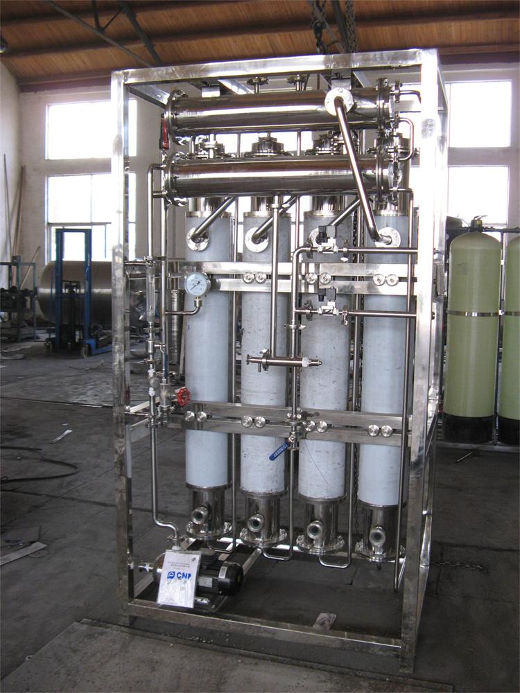 启瑞医疗器械蒸馏水机  列管多效蒸馏水