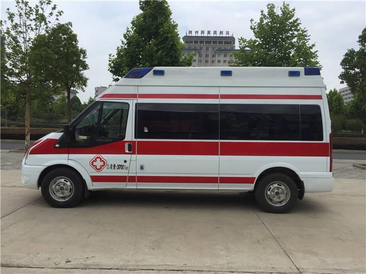 日照私人120长途救护车  高铁飞机重症转运 救护车长途护送病人